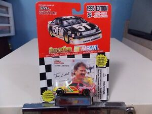RACING CHAMPIONS TERRY LABONTE COLLECTOR RACE CAR