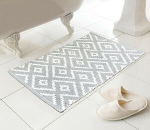 Country Club Kina Bath Mat, Grey Bathroom Soft Woven Patterned Decorative