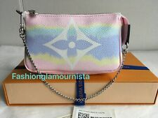 Auth BNIB Louis Vuitton Escale Mini Pochette Rose Pink Bag Pochette Clutch 2020
