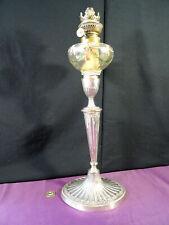 ancienne lampe à pétrole sur pied  N.III art nouveau métal argenté