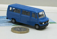MERCEDES BENZ L 207 D, bus, bleu