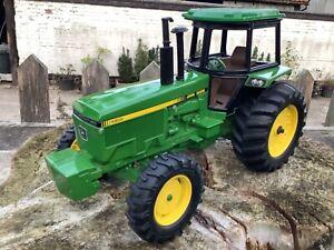 1/16 scale Ertl 5587 John Deere 4955 4wd tractor tracteur Traktor