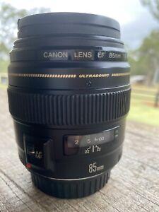 CANON EF 85mm f/1.8 USM Prime Lens + Filter Excellent Condition