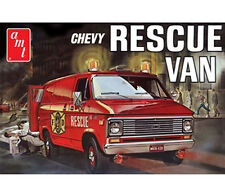AMT 812 1975 Chevy Fire Rescue Van model kit 1/25  molded in white