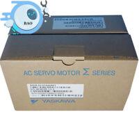 NEW IN BOX Yaskawa AC servo motor SGMJV-01AAA61
