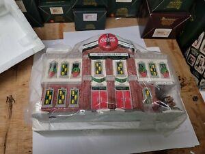Dept 56  Snow Village Coca-Cola Bottling Plant 1994 #5469-0 Includes Box.
