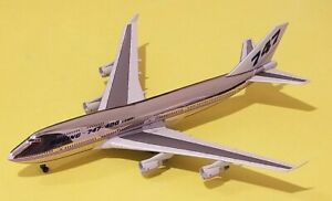 """Jet-X 1:400 Boeing Company 747-400 Rollout House Livery """"Combi"""" Titles N401PW"""