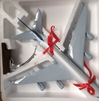 DRAGON AIR A320 AIR LARGE PLANE MODEL  WITH STAND APX 47cm SOLID RESIN