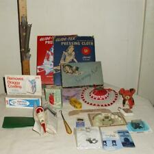 Vtg Box Lot 21 Sewing Notions Pin It Pin Cushions Hexe Needle Threader Tape +
