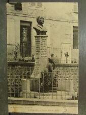 cpa 08 vouziers statue taine
