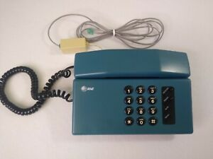 AT&T Exeter Blue Wired Touch Tone Retro Style 1990s Vintage Office Desk Phone