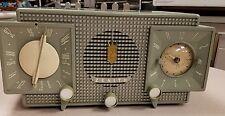 """""""Zenith"""" Clock AM-FM Radio """"1956"""""""