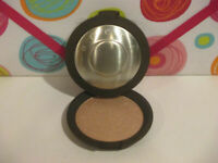 BECCA ~ SHIMMERING SKIN PERFECTOR POWDER ~ OPAL ~ 0.28 OZ UNBOXED