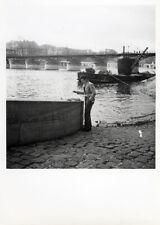 Artiste peintre. Seine, Paris 1950. Photo. M362