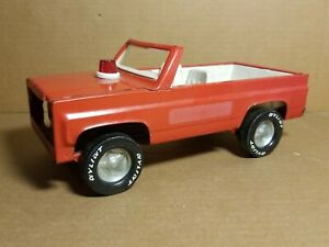 """VINTAGE 1970's NYLINT RED FIRE CHIEF 12"""" CHEVY BLAZER #615 PARTS / REPAIR"""