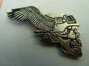 PIN'S MOTO/  SIGLE  HARLEY DAVIDSON /  HELLS ANGELS  /  RARE    /  SUPERBE