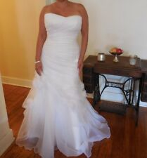 STUNNING Casablanca Bridal Size 16 (reg. Sz 14) XL Plus Size Wedding gown dress