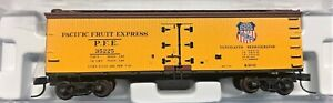 """Atlas N Scale #41436 """"Pacific Fruit Express"""" 40' Wood Reefer #35199 New In Box"""