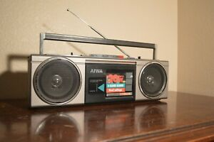 Vintage Aiwa Stereo 210 Boombox 1980s Fully working Cassette AM/FM Radio CS-210H