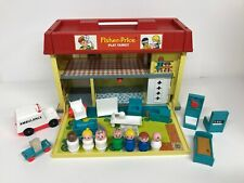 Vintage Fisher Price Play Family Little People #931 CHILDREN'S HOSPITAL