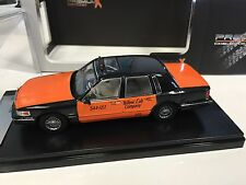 Lincoln Town Car 1996 Taxi USA 1:43 IXO  LIMITED EDITION-PRD363