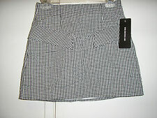 FOREVER 21 COLLECTION BLACK/WHITE SHORT SKIRT SIZE 4  NWT