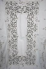 Vintage Madeira Embroidered Linen Tablecloth Richelieu Cutwork Flowers 98 x 66