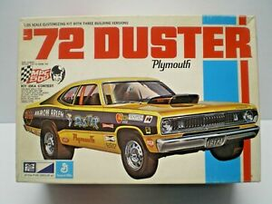 VTG MPC 1972 PLYMOUTH DUSTER KIT # 7226 1/25 BUILT NICE & EXTRA PARTS,BOX,DECALS