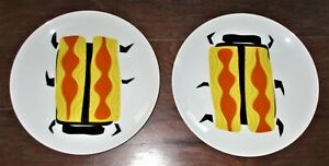 NEW Crate & Barrel YELLOW BEETLE Dinner Plates Dinnerware Dishes Dining Insects