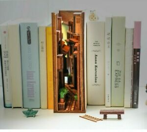 DIY Japanese Street Book Nook - Alley Shelf Insert - Bookcase with Light