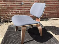 HERMAN MILLER EAMES AUTHENTIC LCW CHAIR WALNUT