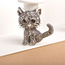 Women Men Pin Up Jewelry Little Cat Brooches Suit Hats Clips Christmas Gifts
