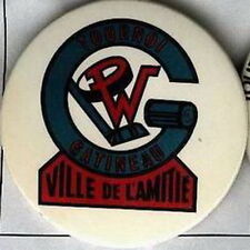 GATINEAU OLDTIMERS HOCKEY QUEBEC TOURNAMENT OFFICIAL OLD PIN BUTTON