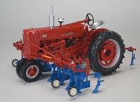 Farmall 400 Tractor w/ 4 Row Cultivator 1:16 SpecCast Model - ZJD1818 *