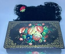 Russian hand painted FLOWERS Black/red Enamel TRINKET BOX IN GREAT CONDITION