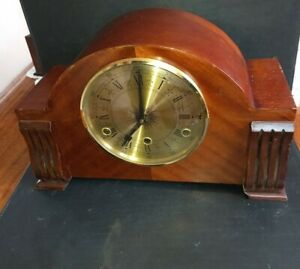Westminster chimes mahogany cased mantle clock For repair