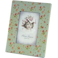 "Green floral picture frame for 5"" x 7"" photo"