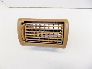 Mar 1994-2004 Ford Mustang Driver Dash Vent Saddle Part