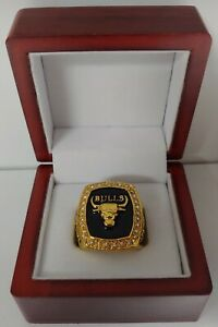 Scottie Pippen - 1991 Chicago Bulls Championship Ring With Wooden Display Box