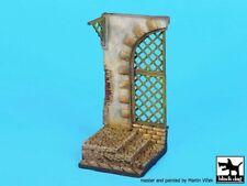 Black Dog 1/35 Gate Section w/Steps & Wooden Mesh Vignette Base (55x55mm) D35094