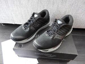 SAUCONY : HURRICANE 22  Running / Jogging Trainers  *Mens Size 11.5 / Black*