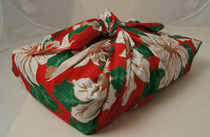 BENTO BOX &  FUROSHIKI Christmas POINTSETTIA red lunch boxes JAPAN banto hako