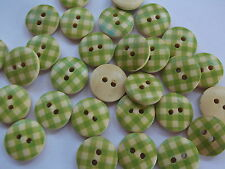40 x GREEN/CREAM GINGHAM 2 HOLE WOODEN 15mm BUTTONS, CRAFT ETC.,
