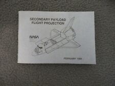 NASA 1989 EMPLOYEE SHUTTLE POCKET SPEC GUIDE SECONDARY PAYLOAD FLIGHT PROJECTION