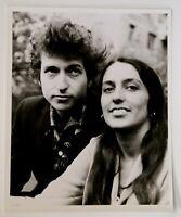 """Bob Dylan Joan Baez Photo Vintage 10"""" x 8"""" B/W Circa Early 60s"""