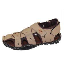 Sandali e scarpe casual beige con fibbia per il mare da uomo