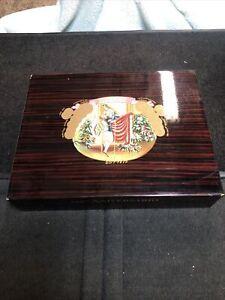 Romeo Y Julieta 125th Aniversario Lacquered Wood Humidor Cigar Box