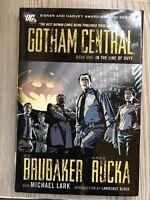 Gotham Central 1: In the Line of Duty Rucka, Greg/ Brubaker, HARDBACK 1ST PRINT