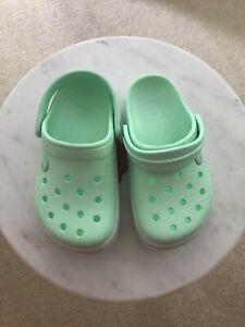 Crocs Crocband Clog Mint Size 1