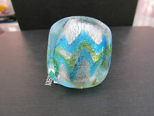 A BIG CHUNKY SILVER WITH BLUE & GREEN MURANO/DICHROIC STYLE GLASS RING.(14).